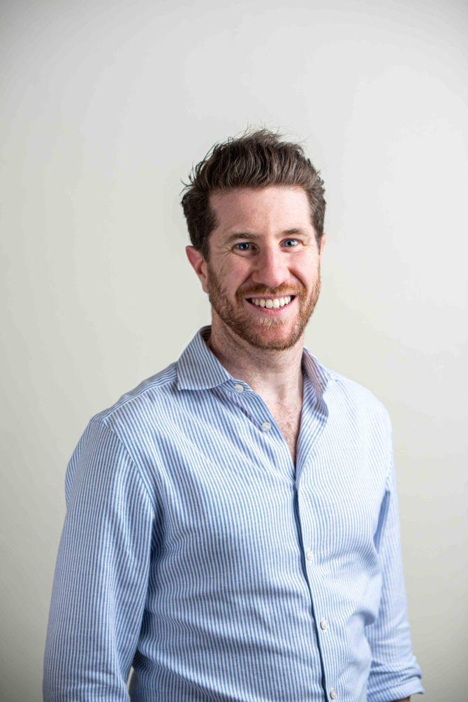 Dr Evan Jones BDS (Adel)